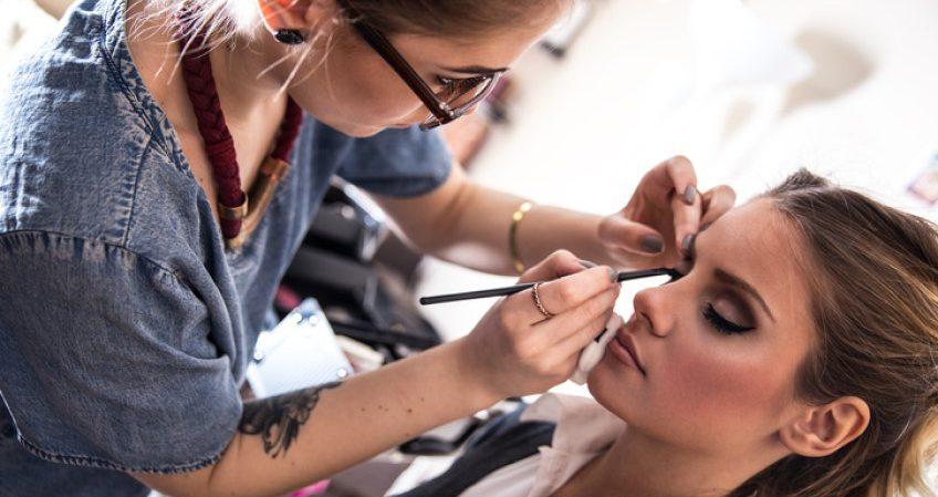 Técnico Superior en Caracterización y Maquillaje Profesional