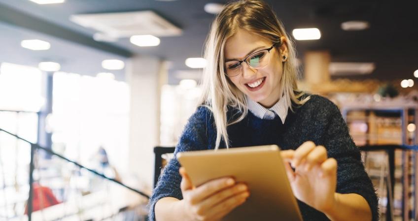 Becas y créditos para financiar tu postgrado