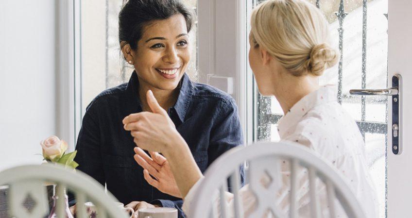 Qué hace un experto en sociolingüística y cómo puedes formarte para profesionalizarte