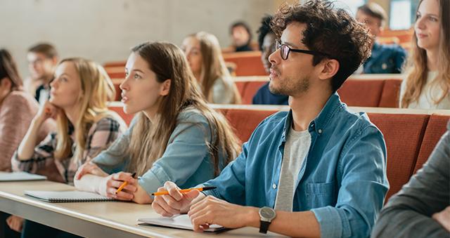 ¿Cuándo es buena idea estudiar una segunda carrera?
