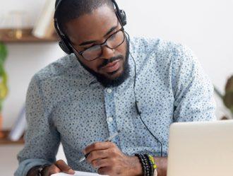 Grado en Ingeniería Informática Online: descubre qué es y cómo puedes formarte a distancia