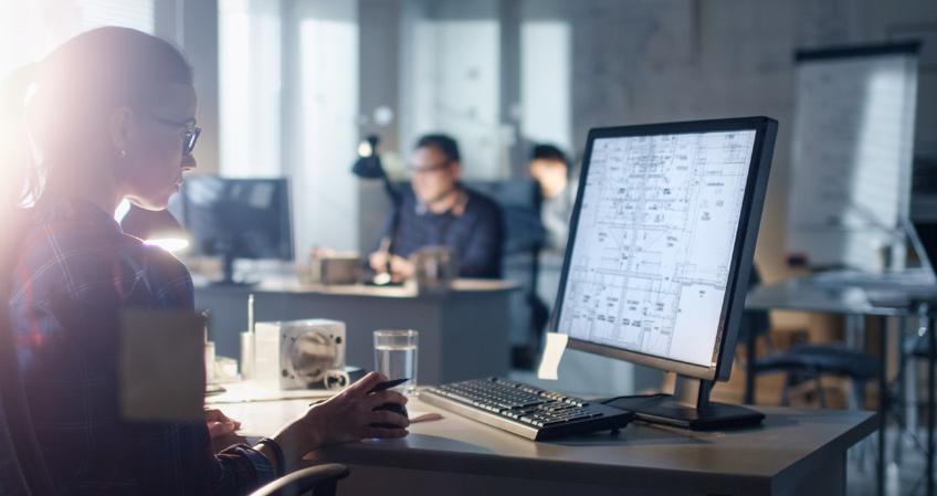Qué hace un arquitecto de software y cómo formarte para este puesto