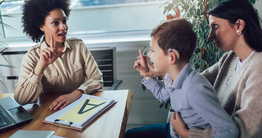 Lenguaje de signos: apréndelo y conviértelo en tu profesión