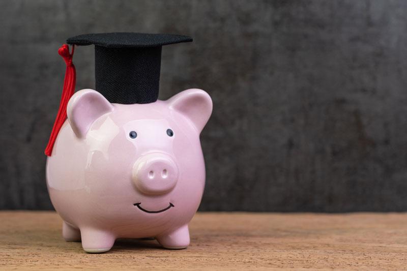 Qué son las becas de posgrado en el extranjero