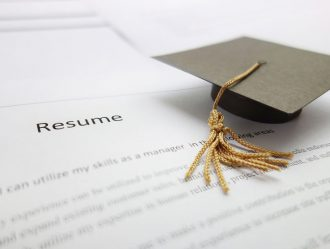Cómo destacar la formación en el CV según tu perfil