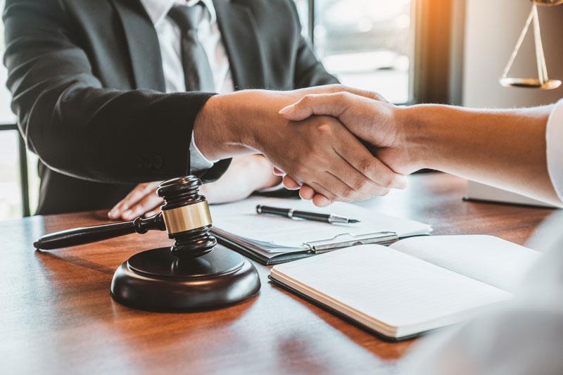 ¿Cuáles son las funciones de un notario?